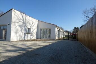 Vente Maison 6 pièces 143m² Chaillevette (17890) - Photo 1