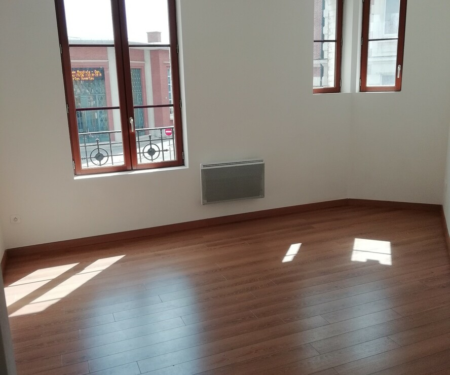Location Appartement 3 pièces 73m² Chauny (02300) - photo