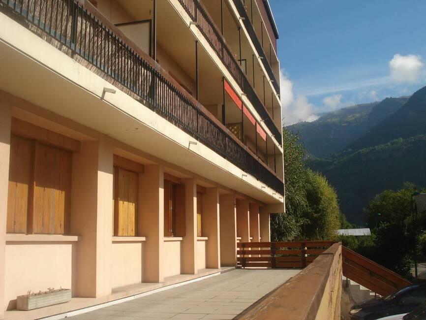 Sale Apartment 4 rooms 73m² Le Bourg-d'Oisans (38520) - photo