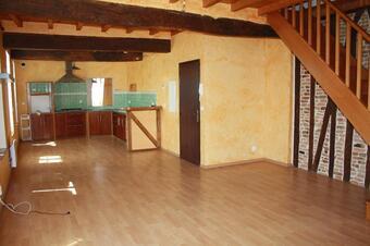 Location Appartement 3 pièces 66m² Samatan (32130) - photo 2