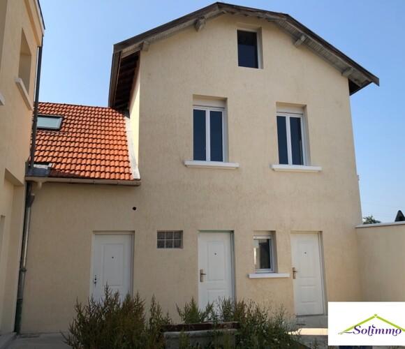 Vente Maison 6 pièces 110m² Les Abrets (38490) - photo