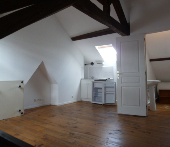 Location Appartement 1 pièce 21m² Amiens (80000) - photo