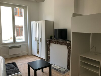Location Appartement 3 pièces 46m² Saint-Étienne (42000) - Photo 3