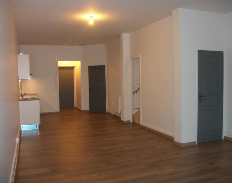 Location Appartement 3 pièces 94m² Chauny (02300) - photo