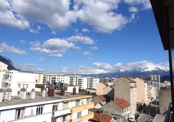 Sale Apartment 1 room 22m² Grenoble (38000) - photo