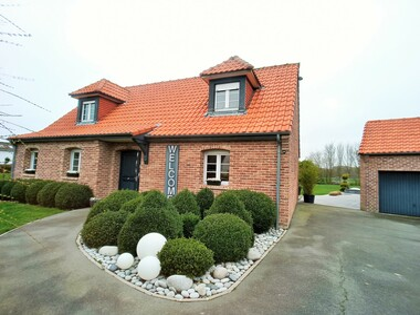 Vente Maison 6 pièces 155m² Haverskerque (59660) - photo