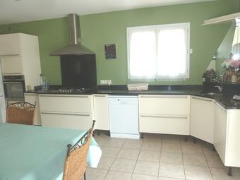 Vente Maison 7 pièces 136m² Saint-Hippolyte (66510) - photo 2