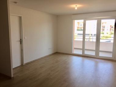 Location Appartement 4 pièces 58m² Cavaillon (84300) - photo