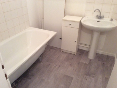 Location Appartement 2 pièces 49m² Saint-Étienne (42000) - Photo 3