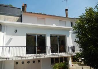 Vente Maison 7 pièces 175m² Parthenay (79200) - photo