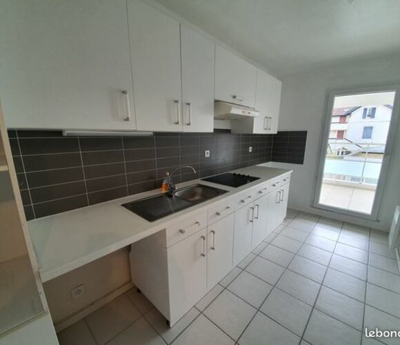 Location Appartement 3 pièces 75m² Biarritz (64200) - photo