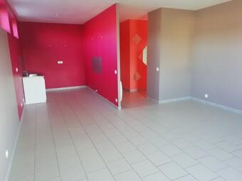 Location Appartement 3 pièces 70m² Tergnier (02700) - Photo 1