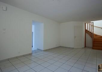 Vente Maison 6 pièces 132m² Thizy (69240) - Photo 1
