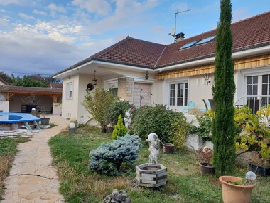 Vente Maison 7 pièces 250m² Bourgoin-Jallieu (38300) - photo