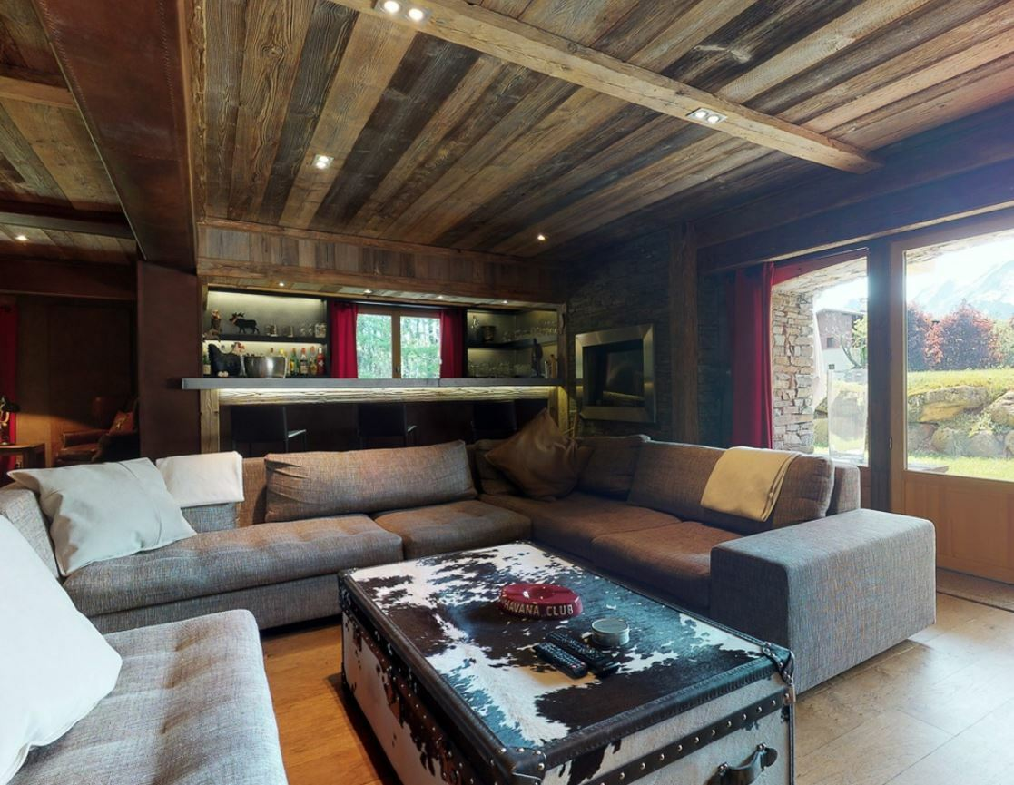 Combloux accommodation chalets for sale in Combloux apartments to buy in Combloux holiday homes to buy in Combloux