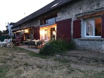 Vente Maison 5 pièces 201m² Saint-Germain-des-Fossés (03260) - photo