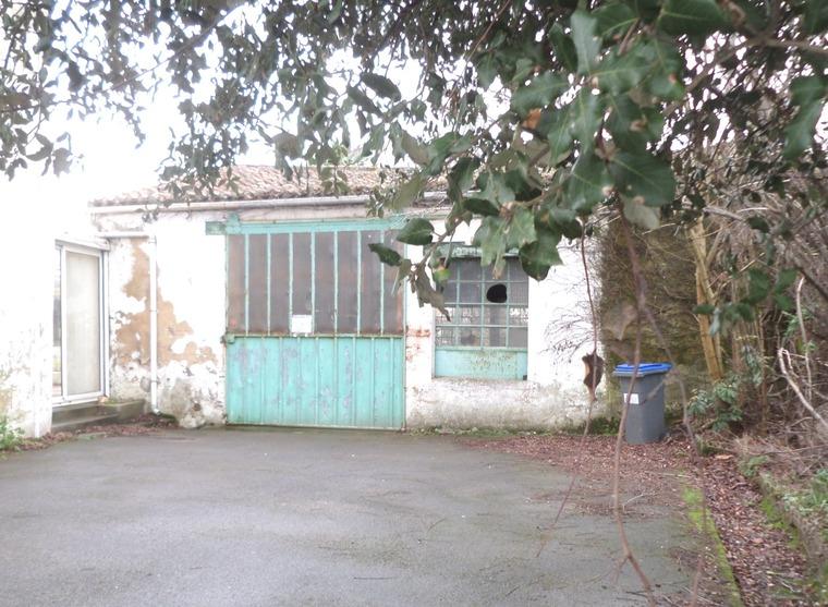 Vente Maison 1 pièce 110m² Château-d'Olonne (85180) - photo
