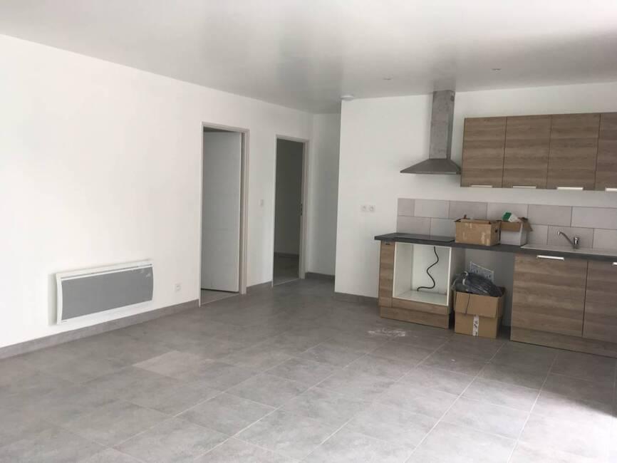 Location Maison 4 pièces 80m² Le Pouzin (07250) - photo