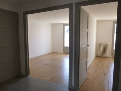 Location Appartement 2 pièces 59m² Saint-Étienne (42000) - Photo 9
