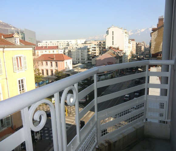 Location Appartement 2 pièces 59m² Grenoble (38000) - photo