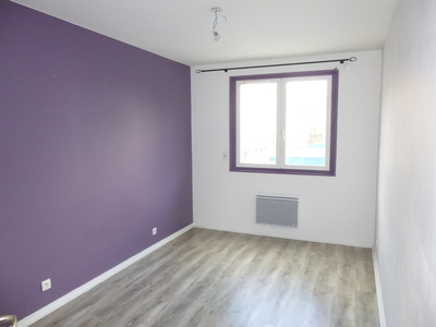 Location Appartement 2 pièces 57m² Saint-Étienne (42100) - Photo 4