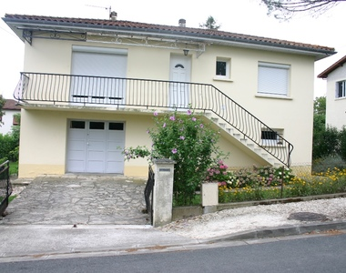 Renting House 3 rooms 67m² Pujols (47300) - photo