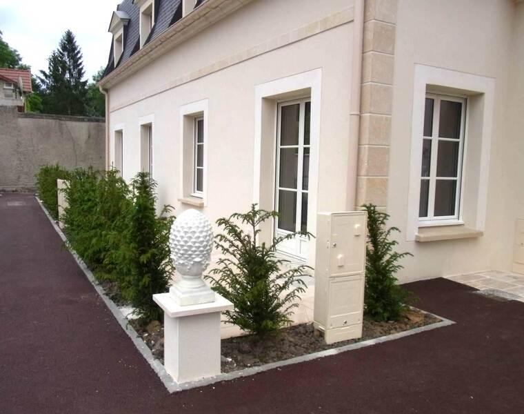 Location Appartement 2 pièces 44m² Chantilly (60500) - photo