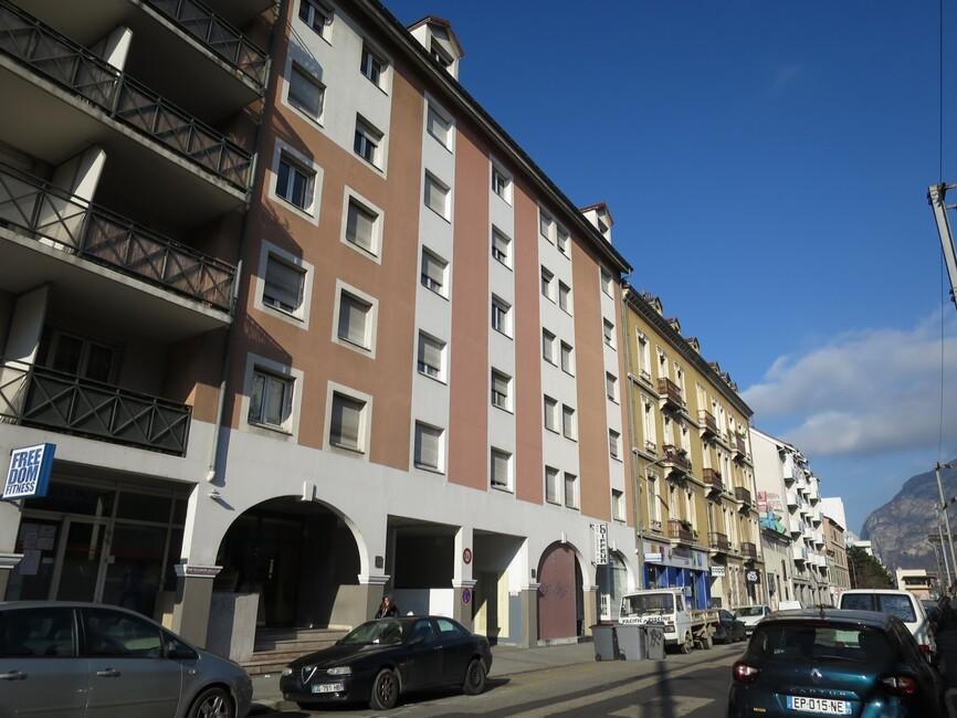 Location Appartement 1 pièce 23m² Grenoble (38000) - photo