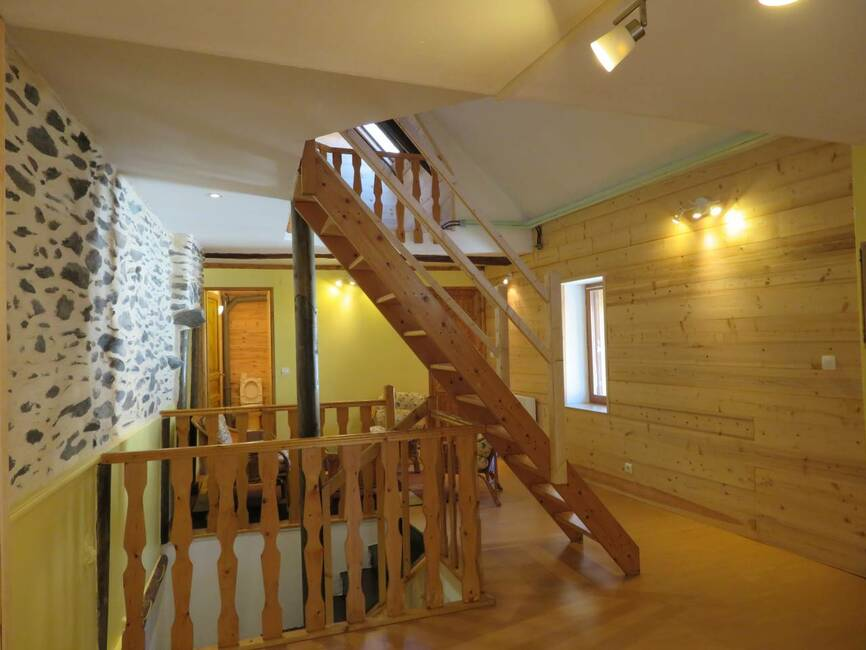 Sale Apartment 3 rooms 70m² Le Bourg-d'Oisans (38520) - photo