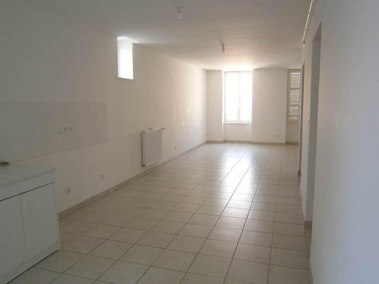 Location Appartement 4 pièces 88m² Cours-la-Ville (69470) - photo