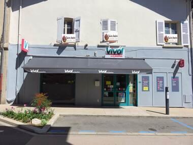 Vente Fonds de commerce 2 pièces 150m² Saint-Étienne-de-Saint-Geoirs (38590) - photo