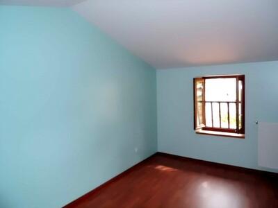 Location Maison 5 pièces 113m² Bellegarde-en-Forez (42210) - Photo 9