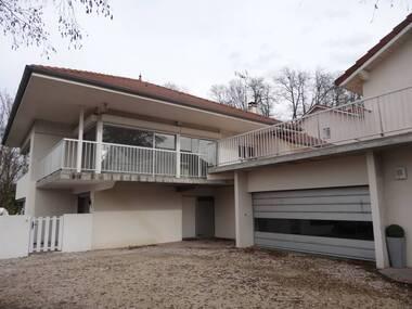 Vente Maison 14 pièces 392m² La Tour-du-Pin (38110) - photo