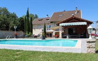 Vente Maison 10 pièces 141m² Saint-Siméon-de-Bressieux (38870) - Photo 1
