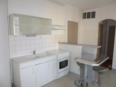Location Appartement 2 pièces 29m² Montrond-les-Bains (42210) - Photo 3