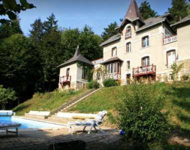 Sale Business 12 rooms 400m² Saint-Martin-d'Uriage (38410) - photo