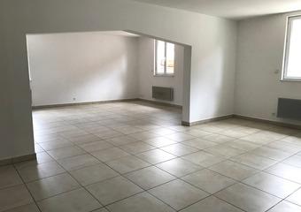 Location Appartement 4 pièces 115m² Mont-lès-Neufchâteau (88300) - Photo 1