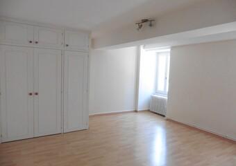 Location Maison 4 pièces 93m² Givry (71640) - photo