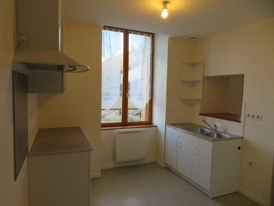 Location Appartement 47m² Billom (63160) - Photo 8