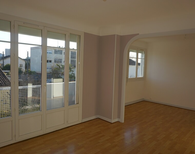 Location Appartement 3 pièces 71m² Pau (64000) - photo