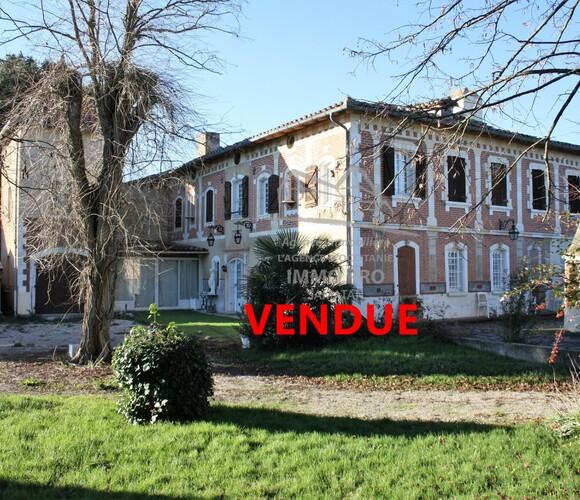 Vente Maison 12 pièces 310m² Lombez (32220) - photo