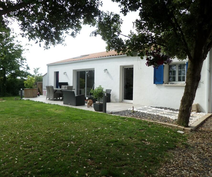 Vente Maison 5 pièces 115m² Sainte-Foy (85150) - photo