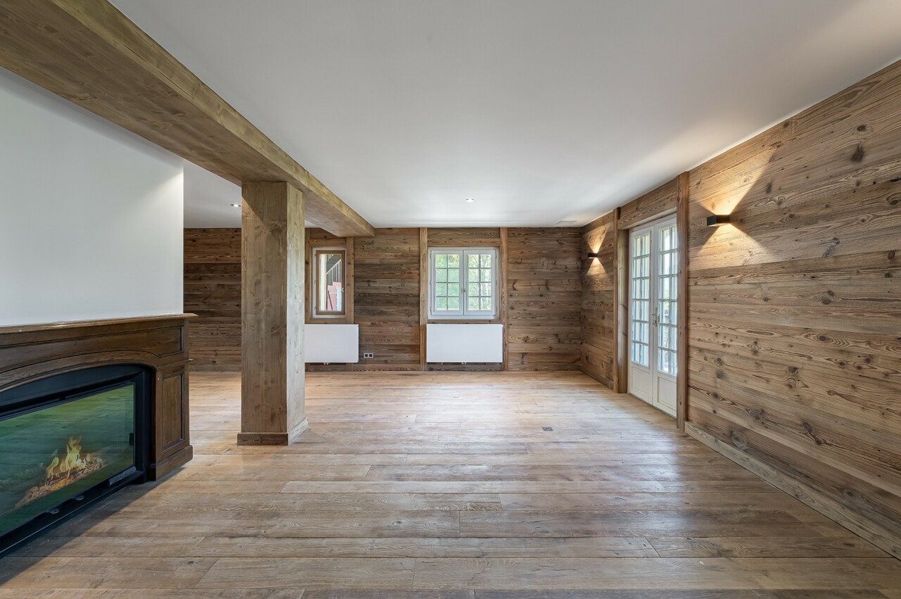 FULLY RENOVATED CHALET OF CHARACTER Chalet in Megeve