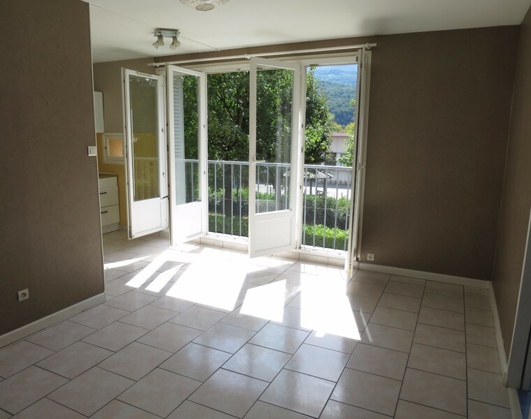 Location Appartement 3 pièces 48m² Seyssinet-Pariset (38170) - photo