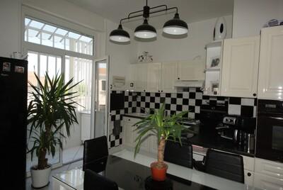 Vente Maison 7 pièces 150m² Feurs (42110) - Photo 2