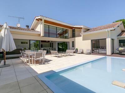 Vente Maison 7 pièces 300m² Rivière-Saas-et-Gourby (40180) - Photo 4