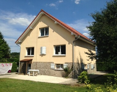 Renting House 5 rooms 109m² Lure (70200) - photo