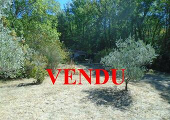 Vente Terrain 2 380m² Grambois (84240) - photo