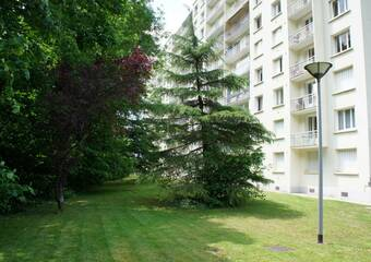 Location Appartement 1 pièce 28m² Saint-Égrève (38120) - Photo 1