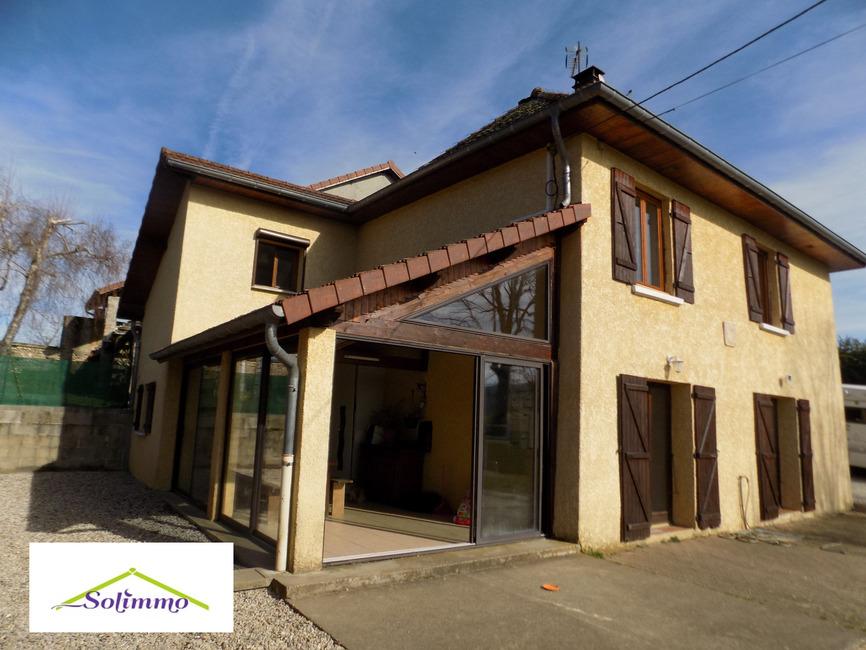Vente Maison 5 pièces 170m² Saint-André-le-Gaz (38490) - photo